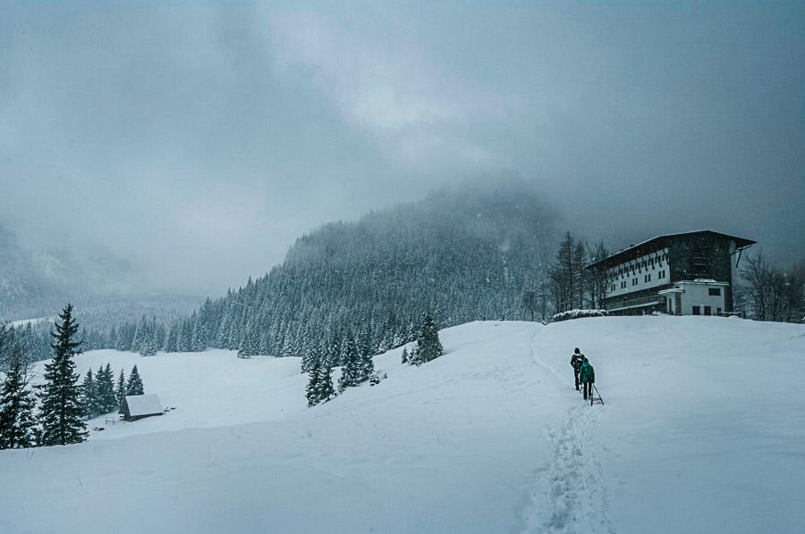Balance des blancs inadaptée ou volontaire d'un paysage sous la neige par Janusz Maniak