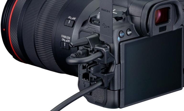 Câble USB-C sécurisé sur le Canon EOS R5