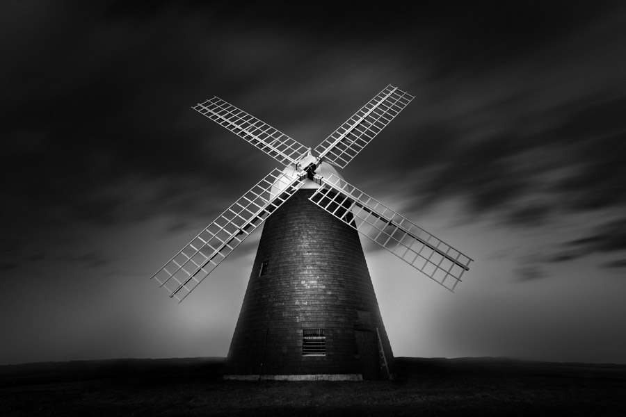 Noir et blanc en pose longue par Zoltan Tasi