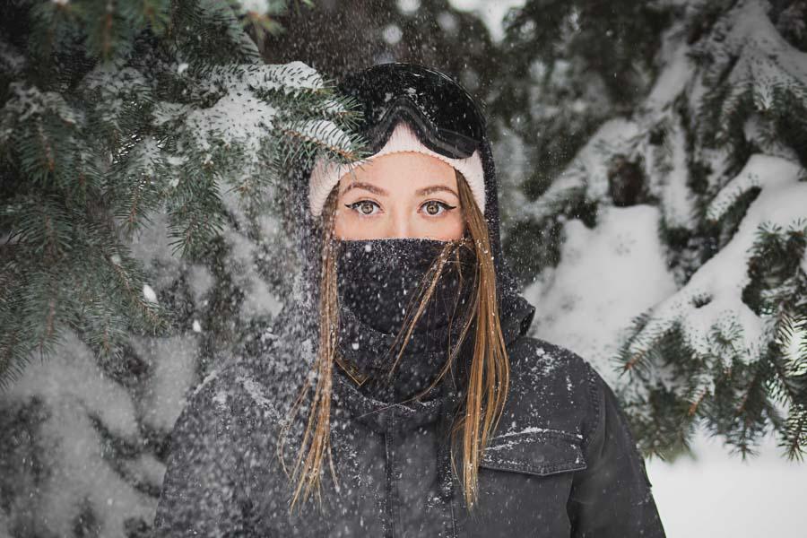 Portrait sous la neige de Alesia Kazantceva