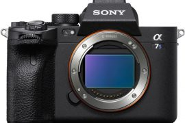 Sony Alpha 7S III de face