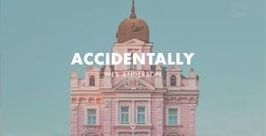 Home page du site accidentally wes Anderson, qui compile des photos rappelant l'univers du réalisateur