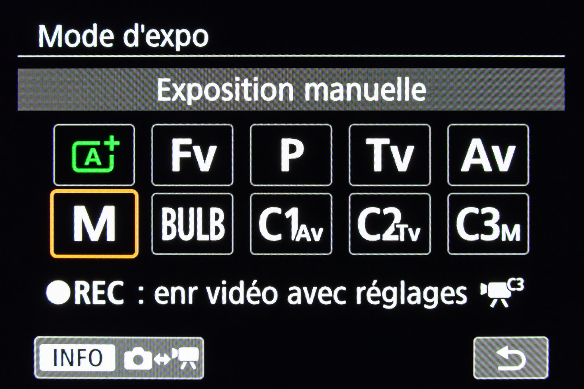Capture écran des menus du Canon EOS R : modes d'exposition photo