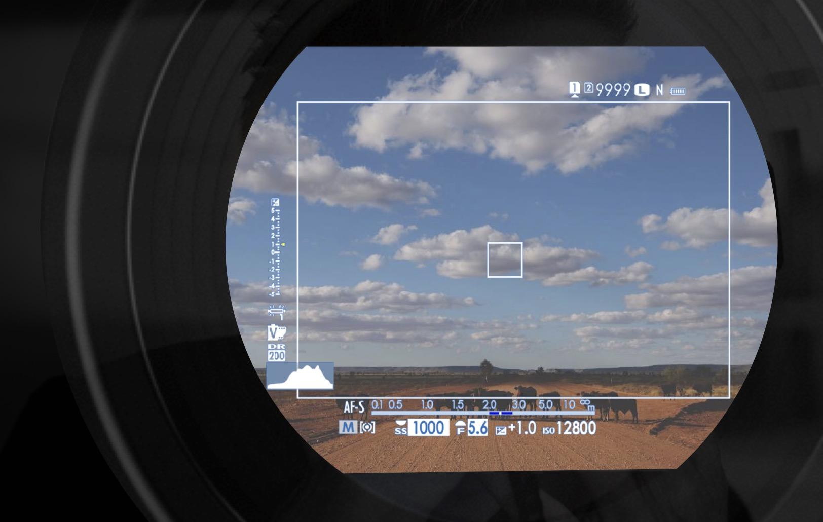 Fujifilm X-Pro3 : OVF.