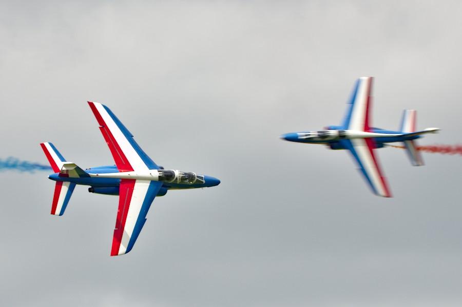 """""""Percussion"""" entre deux Dassault Alpha-Jet de la Patrouille de France au meeting de la Ferté-Alais"""