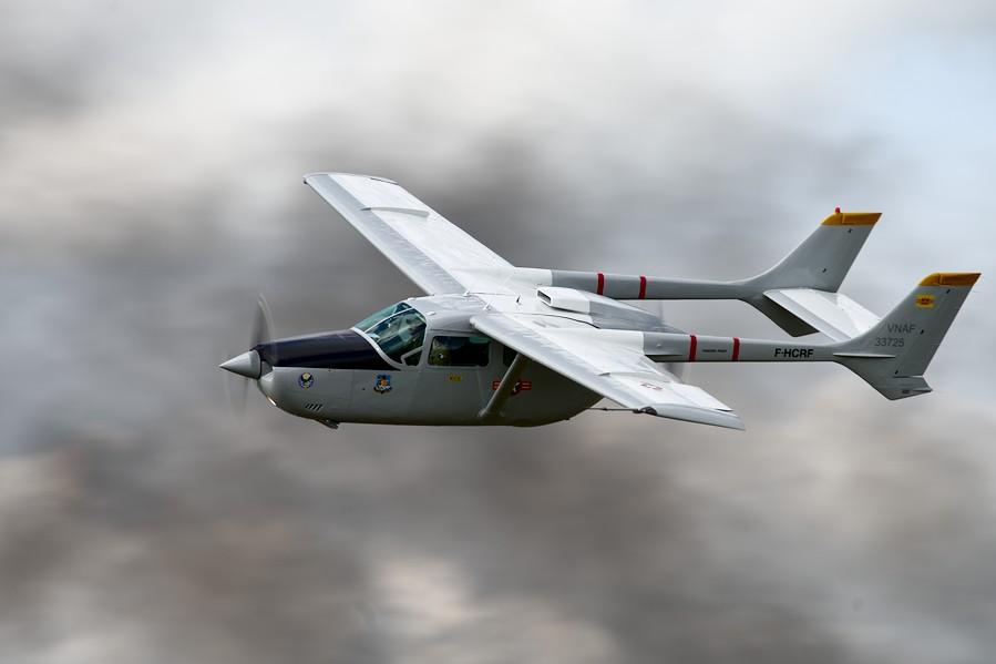Cessna 337 à la Ferté-Alais