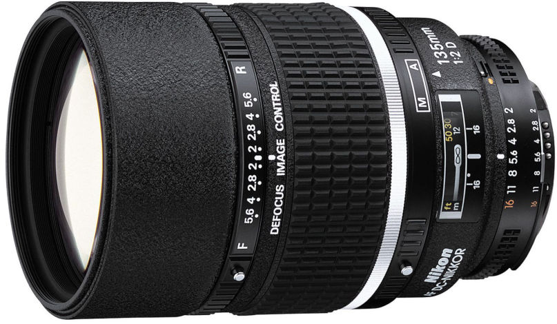 Nikon AF 135 mm f/2.0D DC