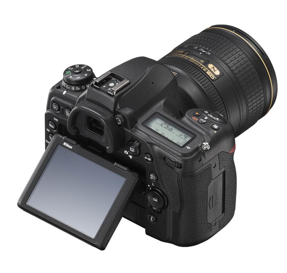 Nikon D780 : écran.