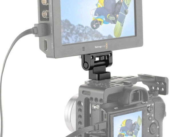 SmallRige DSLR Monitor Holder Mount en situation d'utilisation.