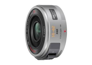 PANASONIC Lumix GX Vario PZ 14-42 mm f/3.5-5.6 ASPH Power OIS argent objectif photo pancake